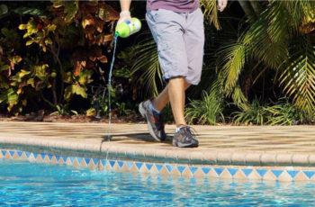 Best Algaecide for Pools